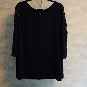 Navt 3/4 lace sleeves